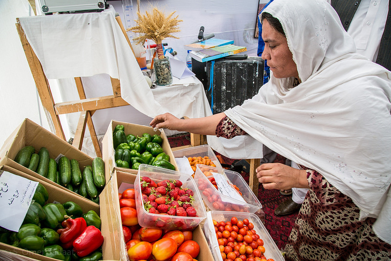 women at market