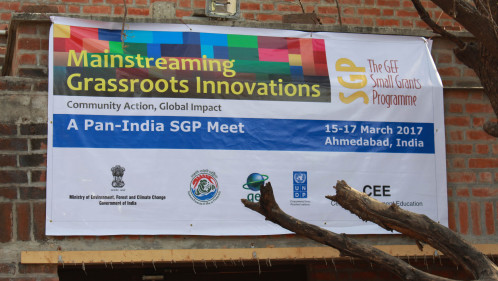 Sharing succesful sustainable development practices at India's Knowledge Fair